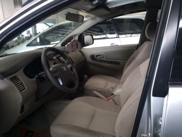 Toyota Innova Số Sàn - 2014 - Bạc 5