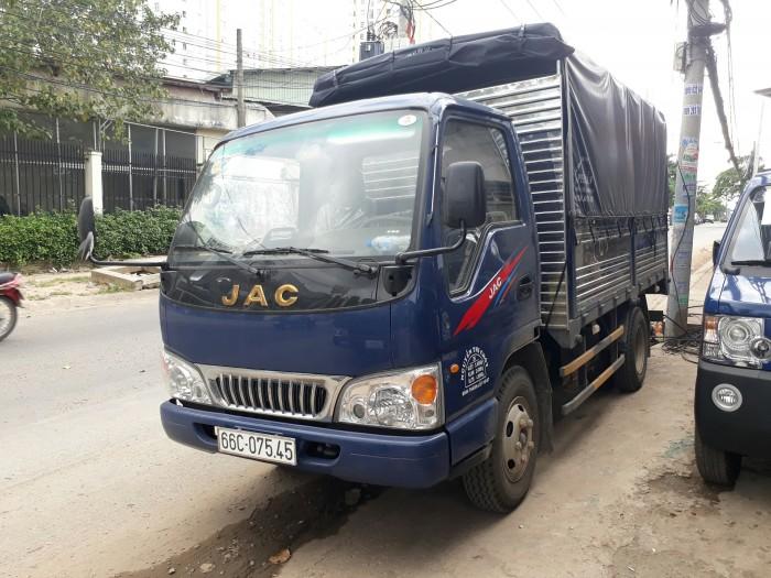 Xe tải Jac 2.5 tấn thùng bạt giá cạnh tranh 0
