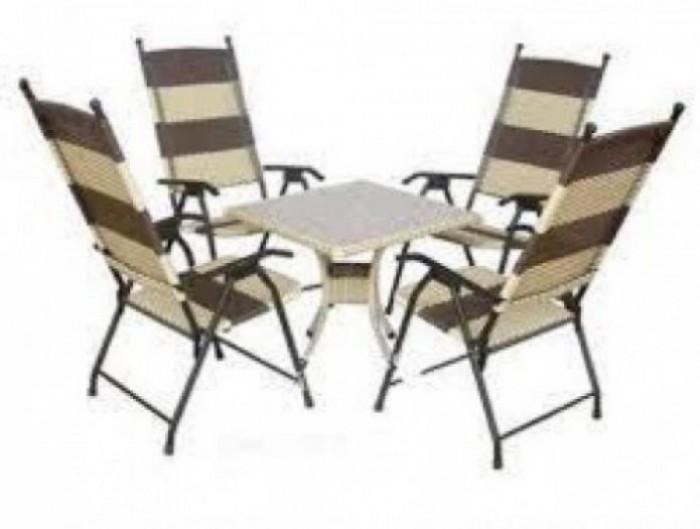 Bàn ghế  chuyên sản xuất bàn ghế dùng cho các công trình quán2