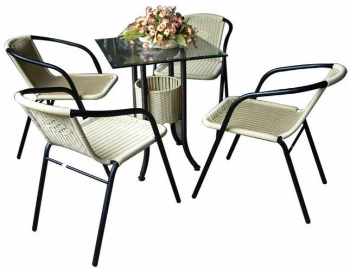 Bàn ghế  chuyên sản xuất bàn ghế dùng cho các công trình quán3