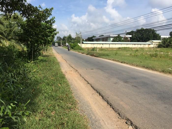 5000m đất mặt tiền xã Hữu Định - Bến Tre