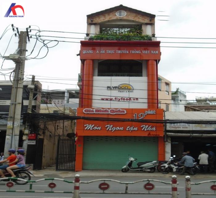 Cần bán nhà vuông vức, MT Phan Đăng Lưu, Q.PN, DT: 4.1x18m, trệt, lầu.