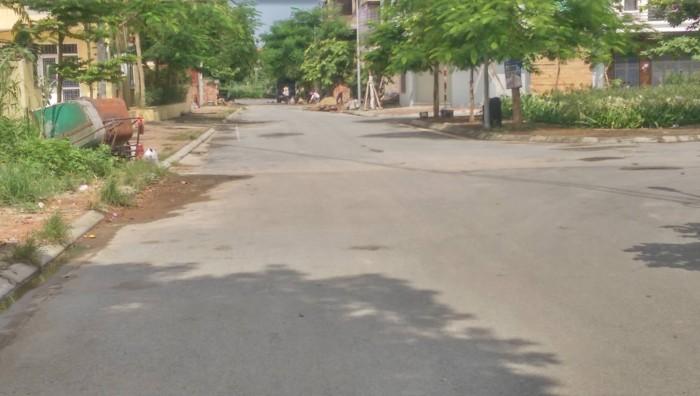 Bán Gấp lô đất ở Thạch Bàn, Long Biên, HN. 49 m2, MT=3,5 m. kinh doanh tốt