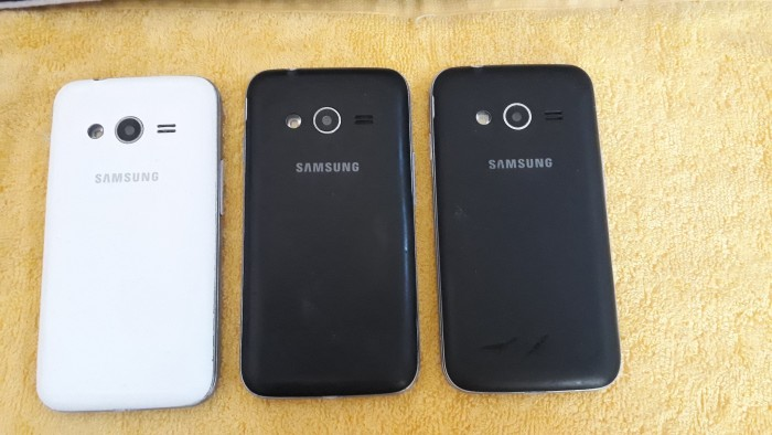 Một số điện thoại cảm ứng galaxy giá sin