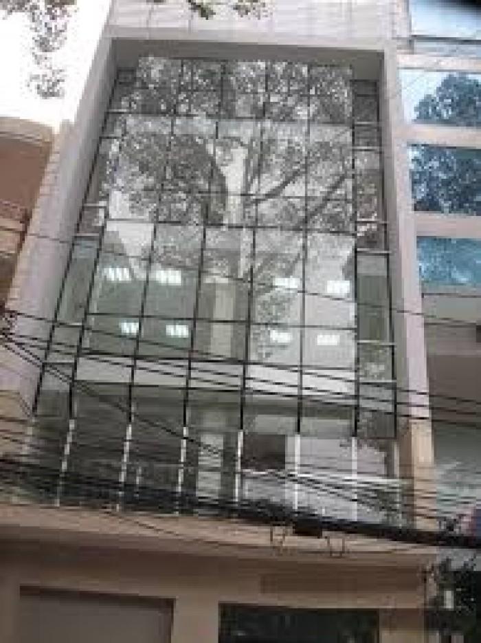 Bán gấp khách sạn ngay chợ Bến Thành thu nhập 110 triệu/tháng