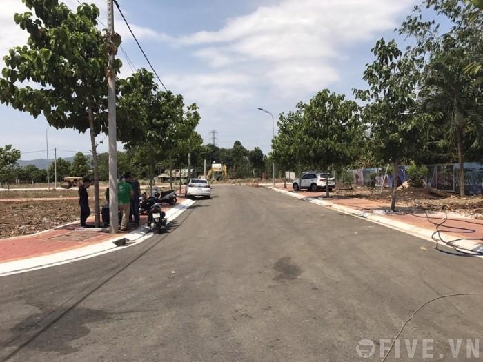 Đất đường 102, Tăng Nhơn Phú A, quận 9, 60m2, shr