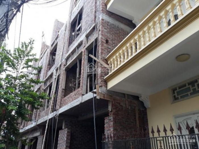Nhà 4 tầng ĐÔng Nam, Dt 40m2 gần Khách sạn Dầu Khí đường Đà Nẵng