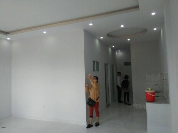 Nhà mới xây 1 trệt dt 6x14, SHR