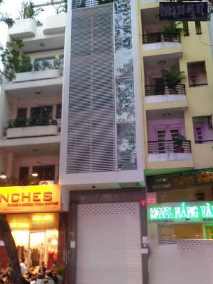 Cho thuê nhà MT Trương Định, Q.3, DT: 4.5x29m, trệt, 3 lầu, st.