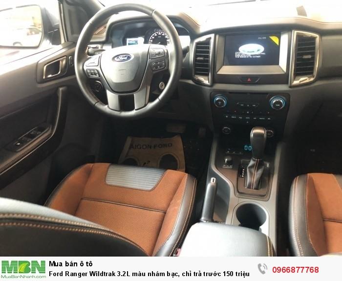 Ford Ranger Wildtrak 2.0L màu nhám bạc, chỉ trả trước 150 triệu 7