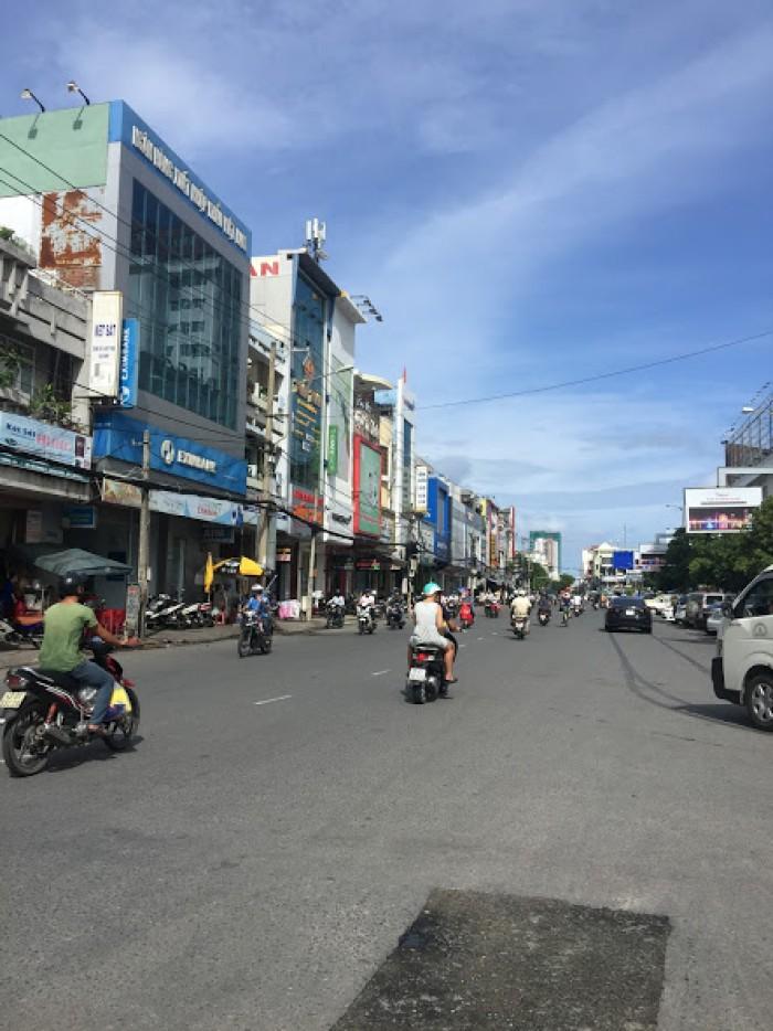 Bán nhà mặt phố tại đường Hùng Vương quận Hải Châu