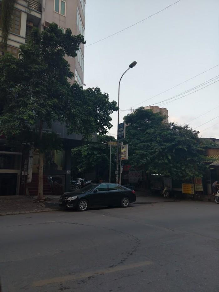 Cần cho thuê gấp nhà mặt phố nguyễn tuân đối diện cây xăng