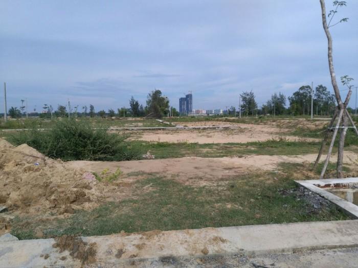 Đất nền liền kề FPT city, gần Cocobay, cách biển 1,5 km