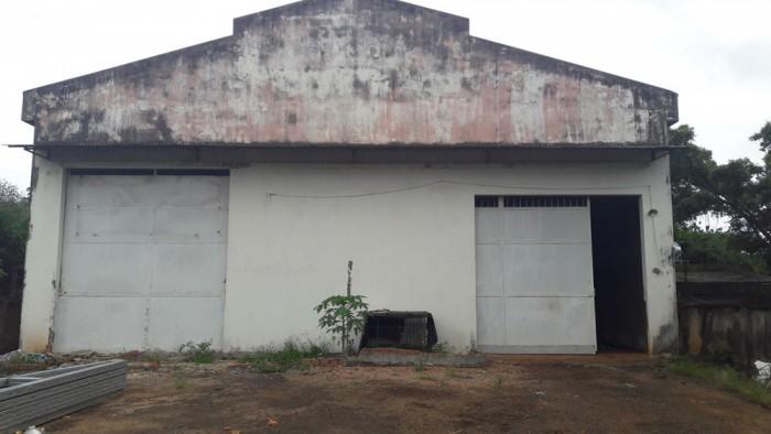 Cho thuê kho mặt tiền Nguyễn Văn Linh (gần nhà máy bia)