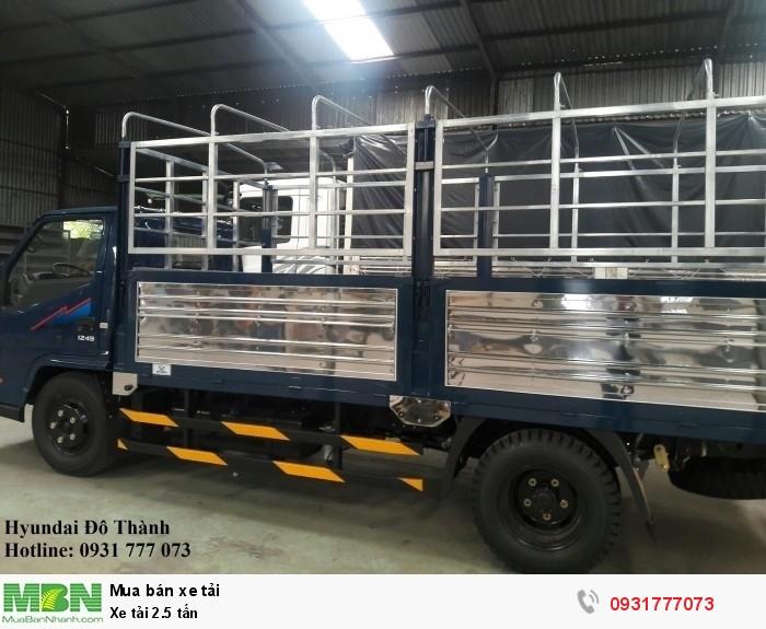 Xe tải 2.5 tấn, trả trước 80 triệu