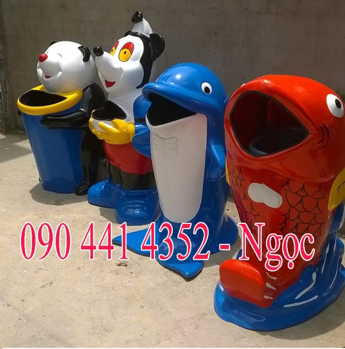 Thùng rác hình con thú , thùng rác hình con cá heo, hình thùng rác cá chép ,chim cánh cụt