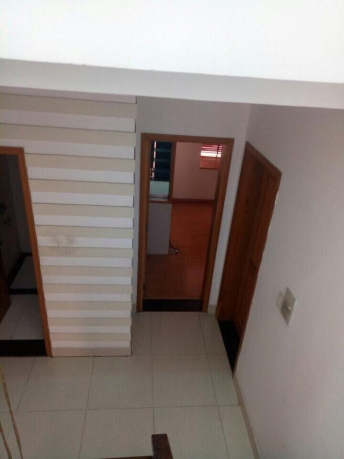 Cần bán nhà 1 trệt 1 lửng 2 lầu, Sân thượng, Lê Văn Lương,Tân Phong, Quận 7.DT 7x8,5m