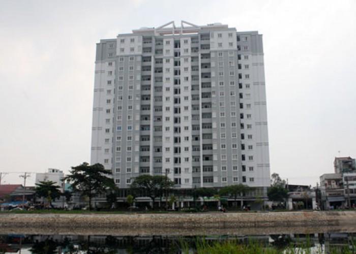 Cần bán gấp căn hộ Orient, Dt 100m2, 3 phòng ngủ, nhà rộng thoáng mát, tặng 1 số nội thất