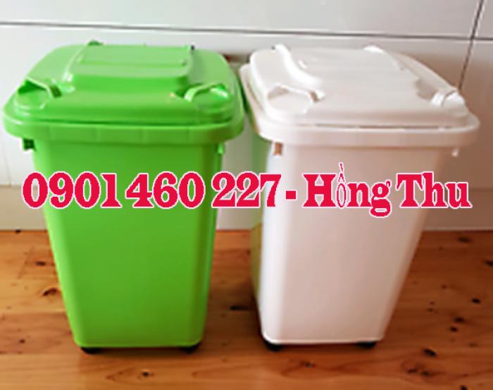 Thùng rác nắp lật 60 lít, thùng rác nhựa 60 lít màu xám, thùng chứa rác 60 lít năp bập bên giá rẻ