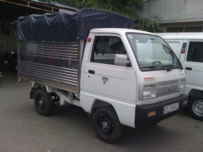 Xe Tải Suzuki Carry Truck 600 Kg Thùng Bạt 1