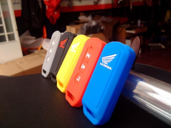 Bao khóa Smartkey được làm bằn chất liệu cao su cao cao cấp, mềm dẻo.