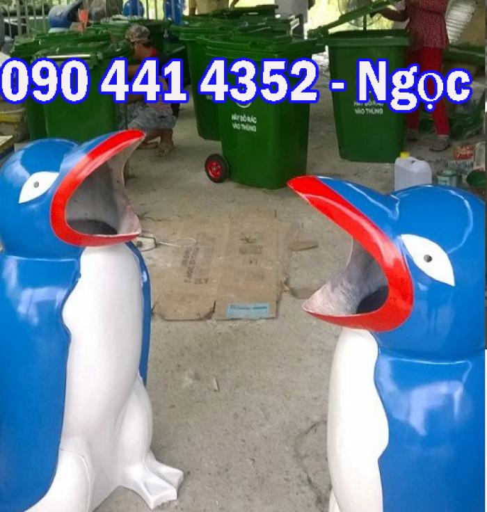 Thùng rác hình con thú, thùng đựng rác hình con vật . Thùng rác hình con chim cánh cụt