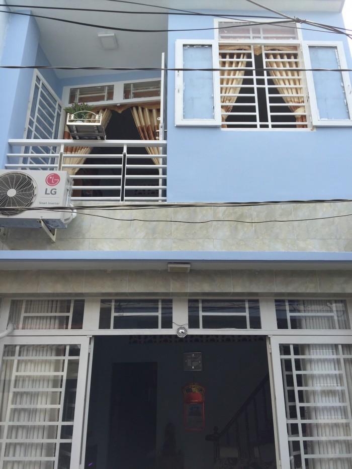 Cần bán gấp nhà 1 trệt 1 lầu DT: 4,15x7,25 m Phạm Hữu Lầu, Quận 7