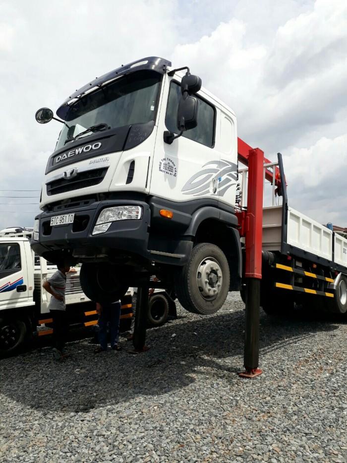 Xe tải 14 tấn 2