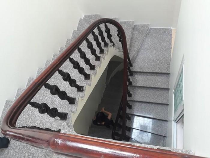 Bán nhà 3,5 tầng trong ngõ Phạm Tử Nghi,chợ Đôn.Hướng