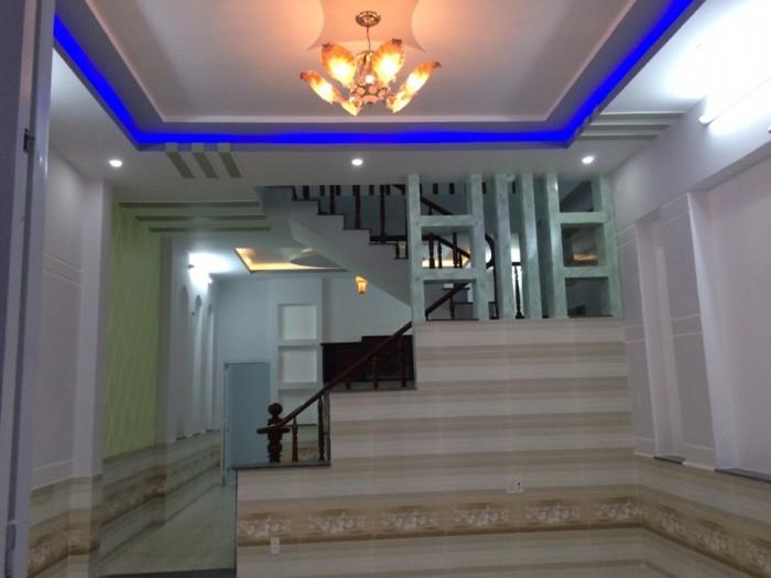 Bán nhà định hoà nằm ngay đại học quốc tê miền đông.