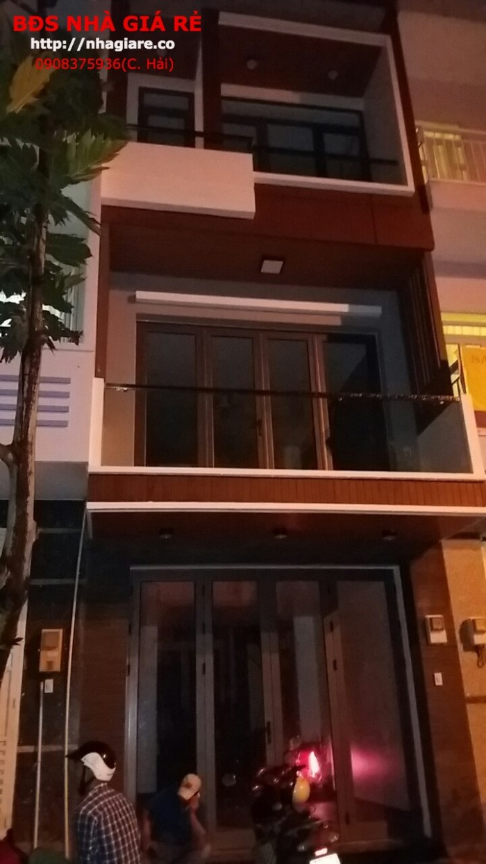 Cần Bán Nhà Đẹp Lung Linh Phạm Hữu Lầu,P. Phú Mỹ,Q 7 Dt4,5X14M