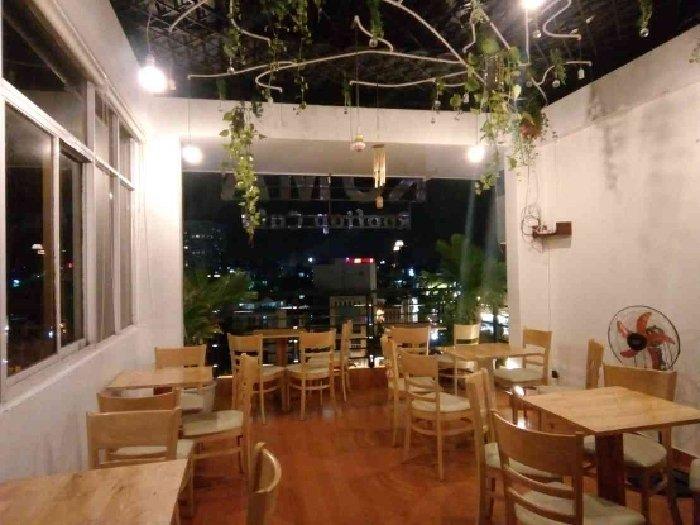 Cần sang quán cafe mặt tiền Hoàng Sa