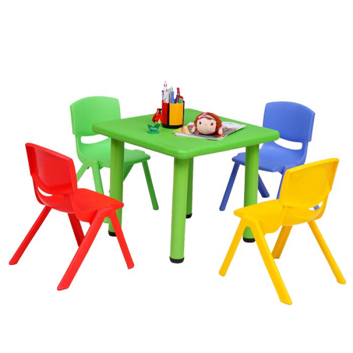 Chuyên cung cấp bàn nhựa dành cho các bé yêu.11