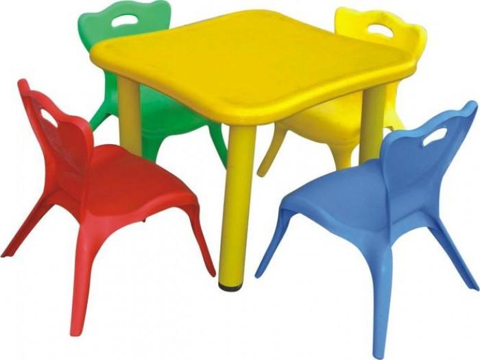 Chuyên cung cấp bàn nhựa dành cho các bé yêu.7
