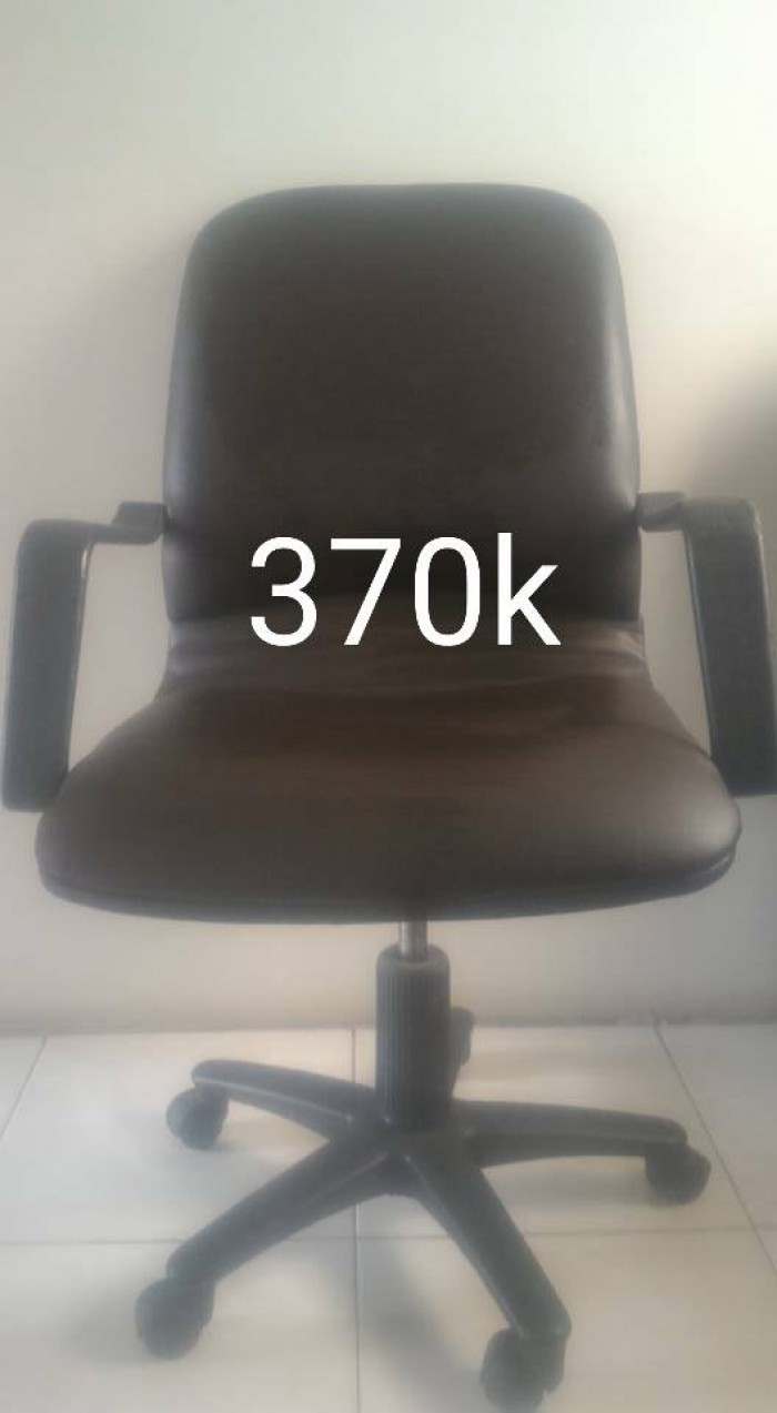 Sửa bọc các loại ghế xoay tân nơi