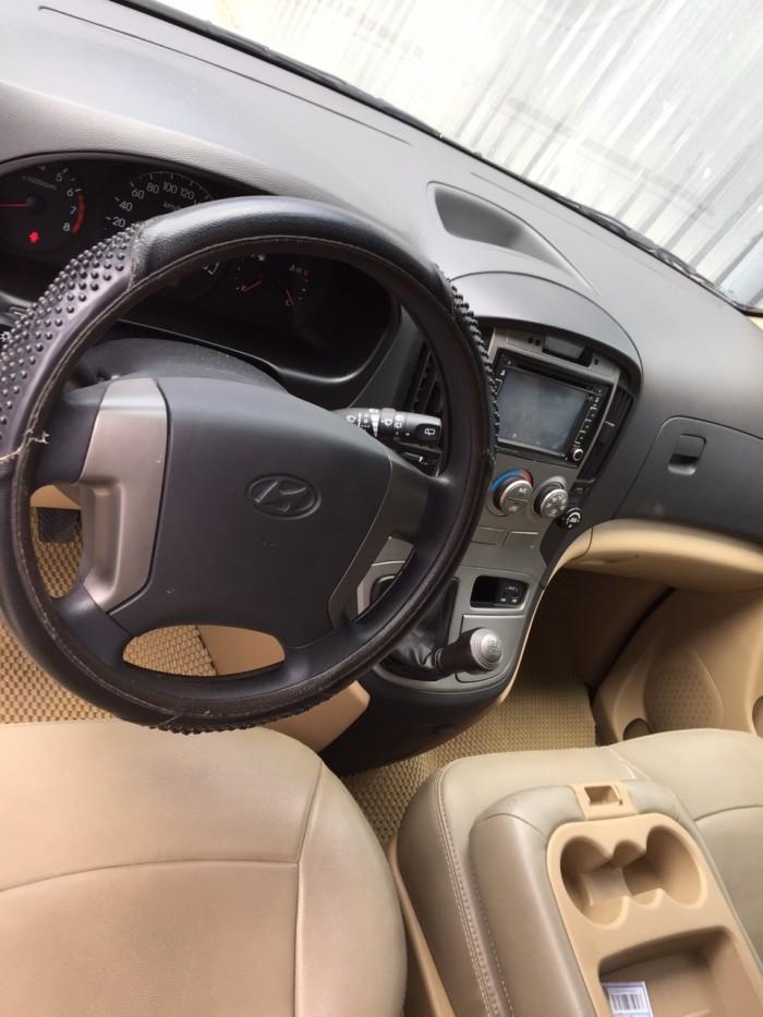 Hyundai Starex sản xuất năm 2015 Số tay (số sàn) Động cơ Xăng