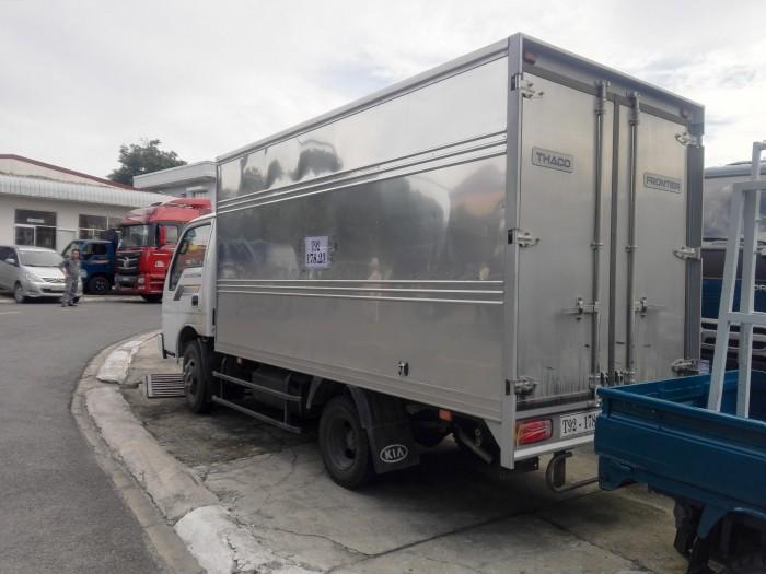 Xe tải nhẹ KIA thùng kín 2t3, đời 2017, nhập khẩu, hỗ trợ trả góp 2