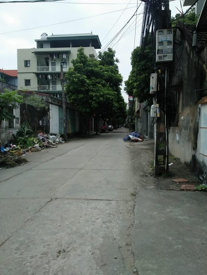 Bán nhanh nhà 3 tầng TDP Bình Minh-Trâu Quỳ, mặt đường lớn-2 mặt tiền.