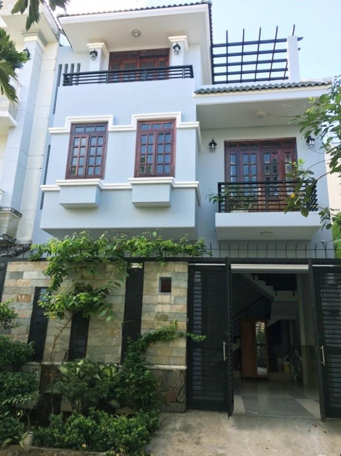 Bán nhà 1 trệt 2 lầu, thiết kế đẹp, GIÁ RẺ chỉ 1.3 tỷ, đường ô tô, Lê Văn Lương, Nhà Bè