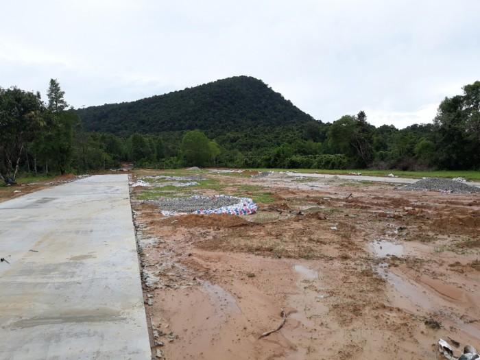Bán đất Phú Quốc đường Cây Thông Ngoài, Cửa Dương diện tích 110m2 giá 360 triệu/nền
