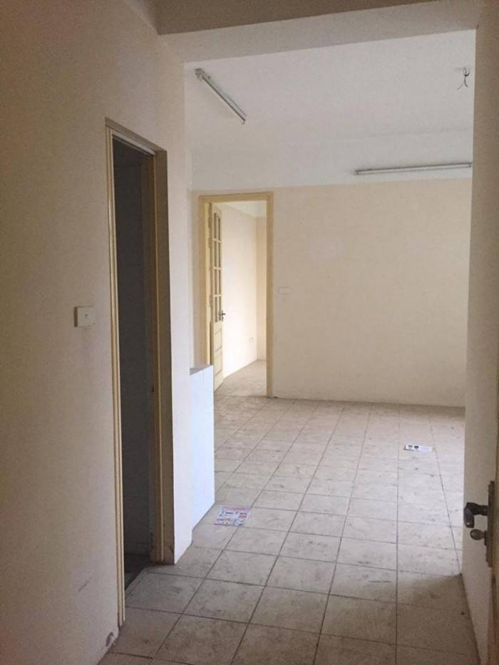 Bán chung cư thương mại intracom căn 702