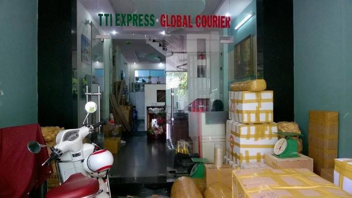 Chuyển phát nhanh đi Malaysia, vận chuyển hàng di Malaysia