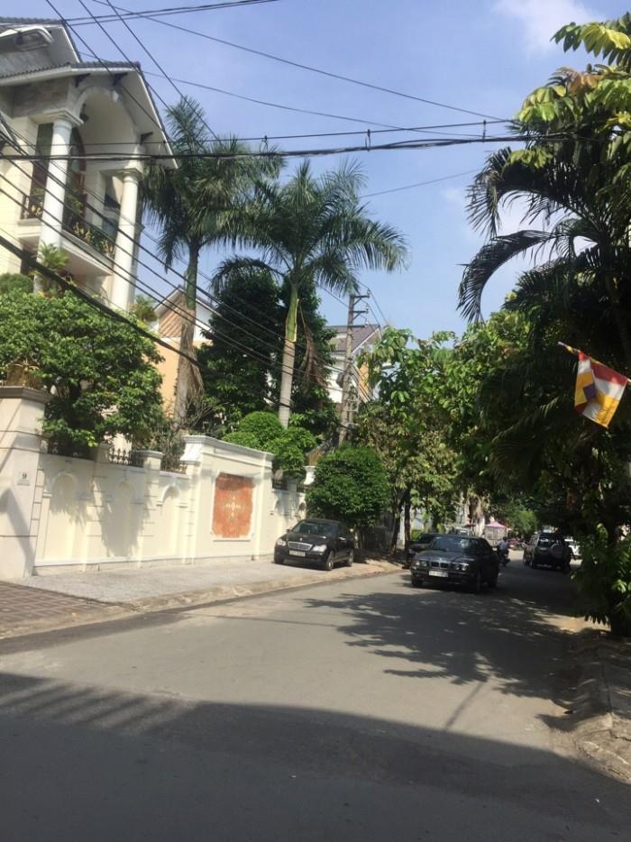 Bán gấp nhà mặt tiền 12m Chu Văn A, Phường 26, BT. DT 4x20. Giá: 6,4 tỷ