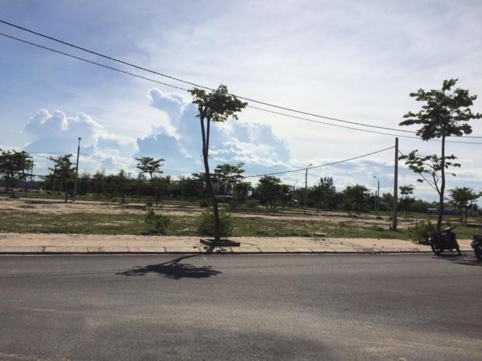 Đất nền ven biển Đà Nẵng kết nối bãi tắm Viêm Đông, bên cạnh Cocobay đường 33m, giá chỉ 9 tr/m2