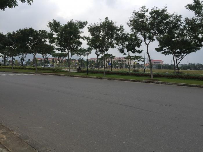 Bán Gấp lô đất đối diện UBND Quận Liên Chiểu, trục đường Nguyễn Sinh Sắc