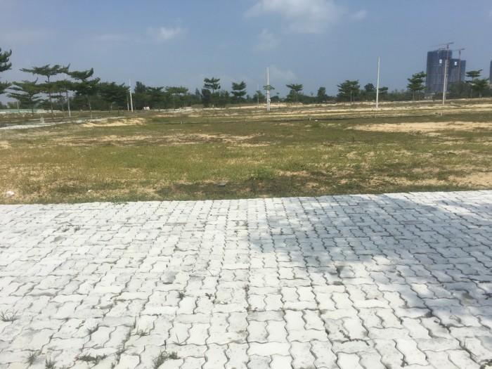Bán nhanh lô đất đối diện công viên Nam Đà Nẳng.