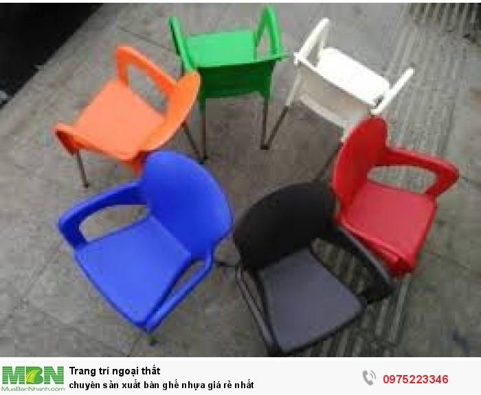Chuyên sản xuất bàn ghế nhựa đúc nhiều màu giá rẻ nhất..2