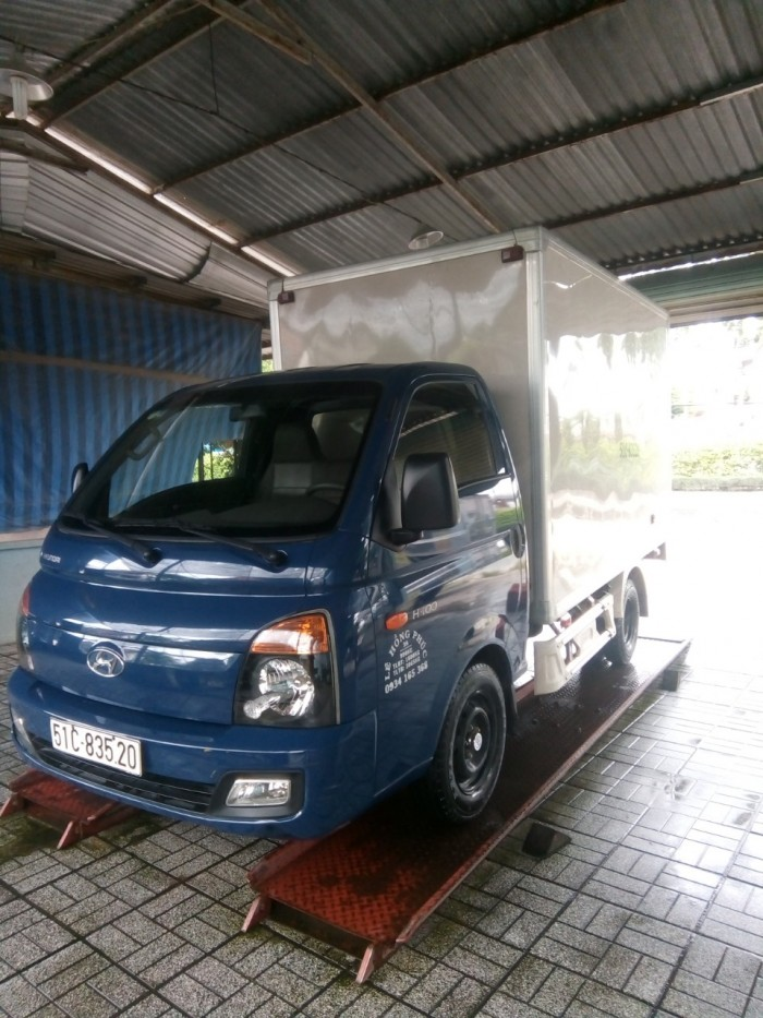 Bán xe tải 1 tấn Hyundai H100.