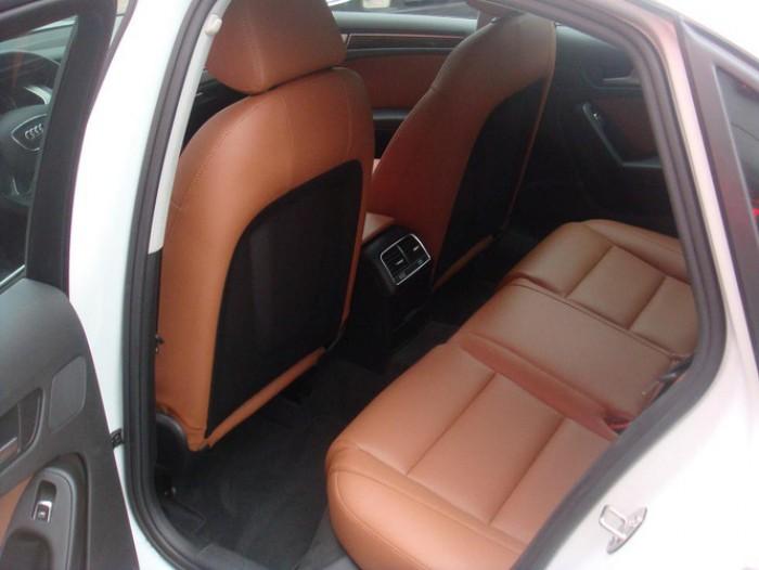 Audi A4 sản xuất năm 2014 Số tự động Động cơ Xăng
