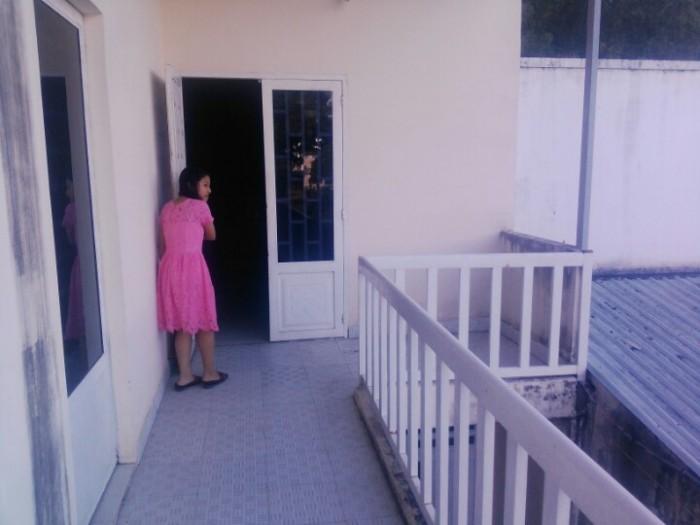 Có căn nhà đường 197, Phường Tân Phú, Quận 9, DT 5.4x29m
